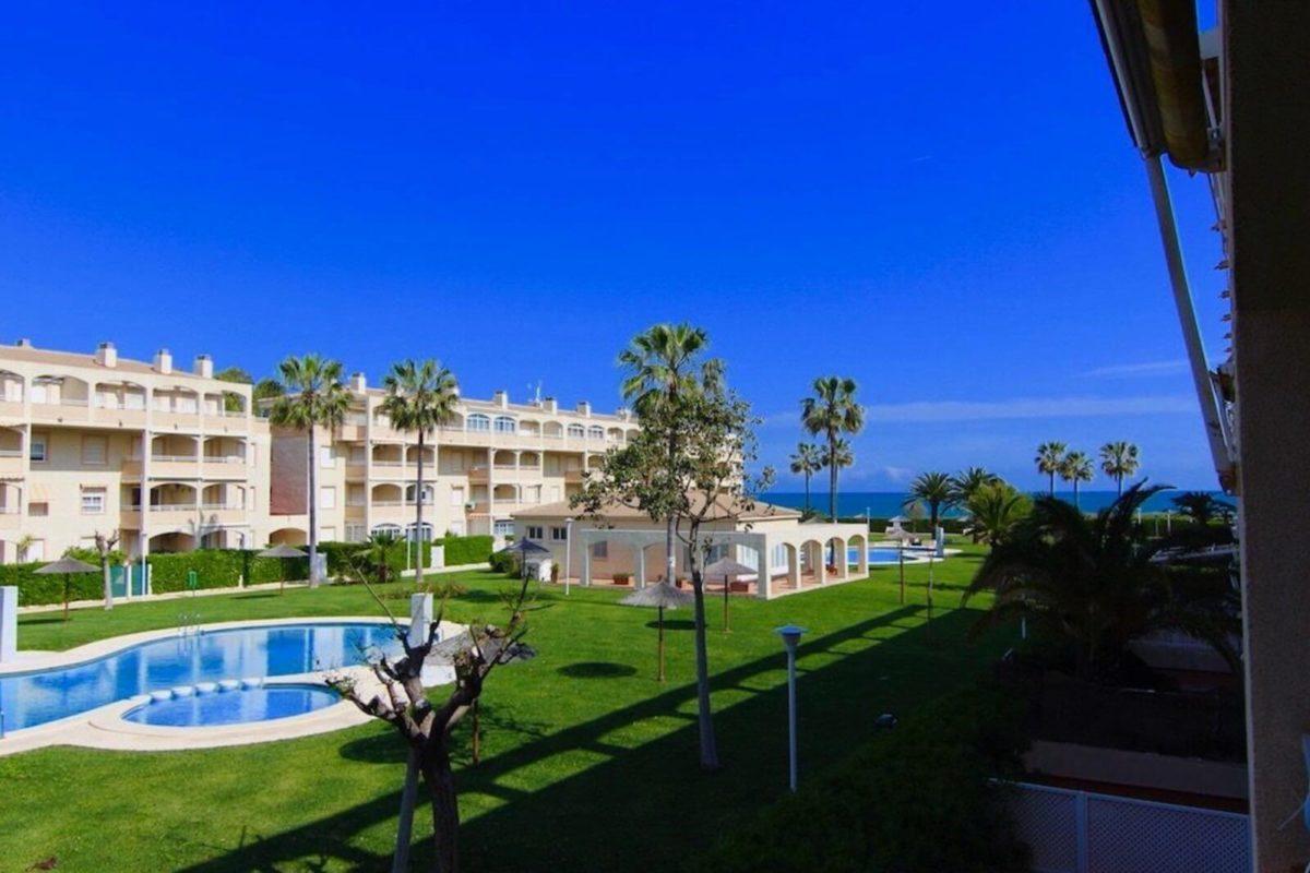 Купить апартаменты в испании у моря недорого зайка дубай ютуб